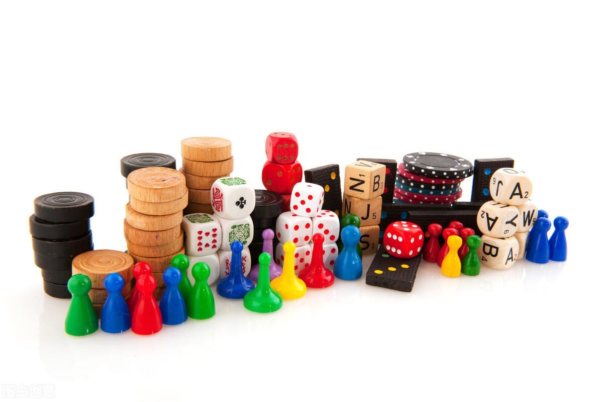 """里昂指出泡泡玛特将带动流行玩具市场需求,给予""""跑赢大市""""评级目标价84.4给予。"""