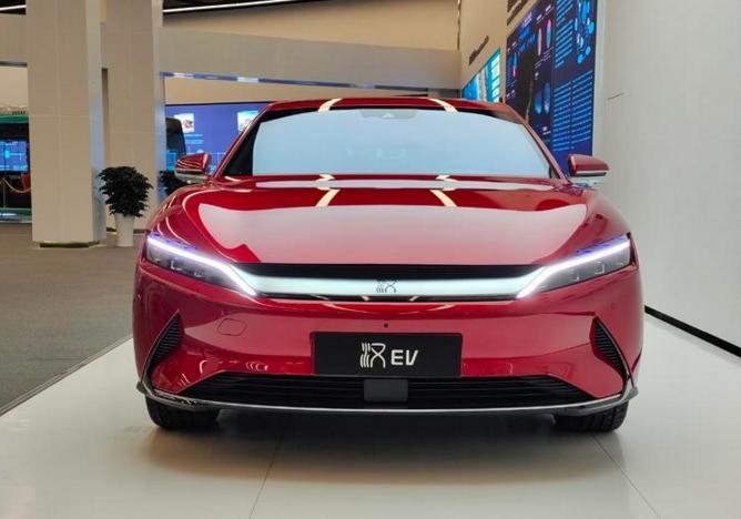比亚迪汉车型9月份销量达10248辆,同比增长82.6%